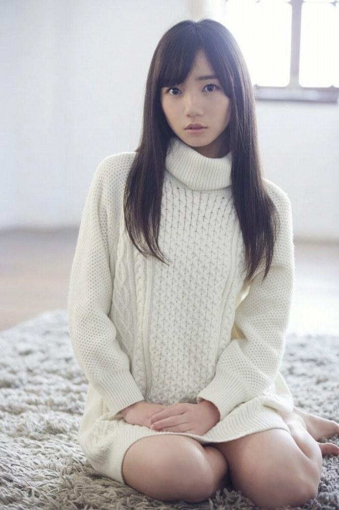 【齊藤京子グラビア画像】ビキニを着けると案外大きなおっぱいにドキドキ! 79
