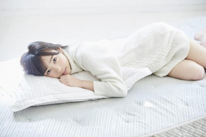【齊藤京子グラビア画像】ビキニを着けると案外大きなおっぱいにドキドキ! 80