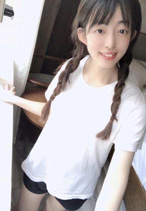 【森のんのエロ画像】スレンダーな高身長8頭身エロボディ美少女! 58