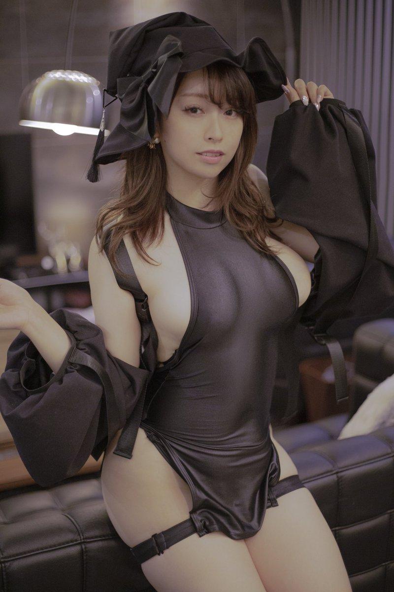 【コスプレエロ画像】椎名煌ちゃんがSNSで公開してるエロエロ衣装の数々 15