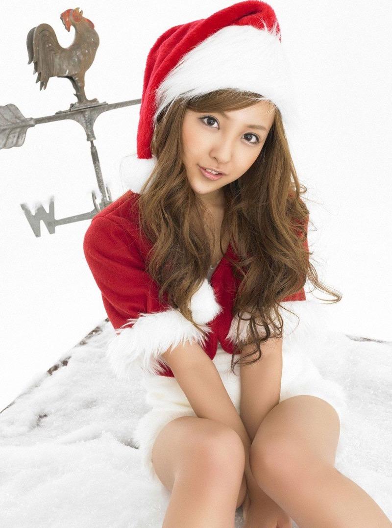 【コスプレエロ画像】クリスマスにサンタコスプレしたギャルとセックスしたい妄想! 37