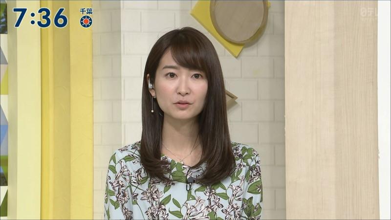 【女子アナキャプ画像】中島芽生さんのニット越しおっぱいや二の腕! 58