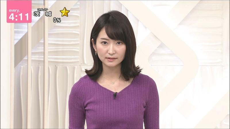 【女子アナキャプ画像】中島芽生さんのニット越しおっぱいや二の腕! 74