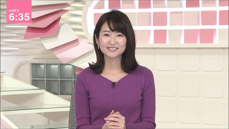【女子アナキャプ画像】中島芽生さんのニット越しおっぱいや二の腕! 83