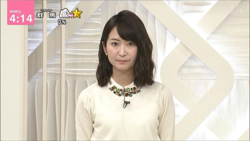 【女子アナキャプ画像】中島芽生さんのニット越しおっぱいや二の腕! 86