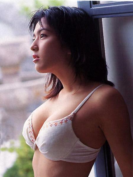 【吉井怜お宝画像】清純派アイドルだった現役女優の濡れ場とグラビア! 22