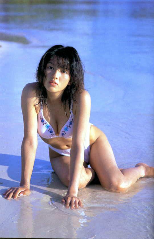 【吉井怜お宝画像】清純派アイドルだった現役女優の濡れ場とグラビア! 39