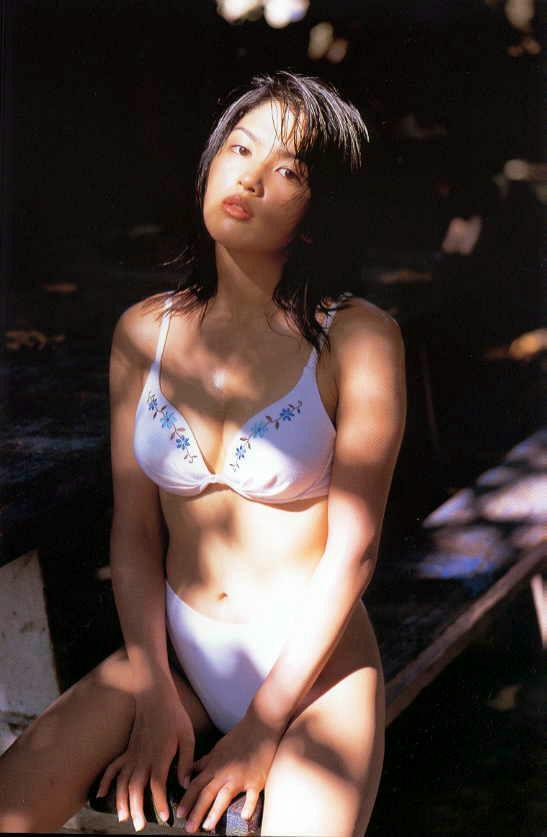 【吉井怜お宝画像】清純派アイドルだった現役女優の濡れ場とグラビア! 40