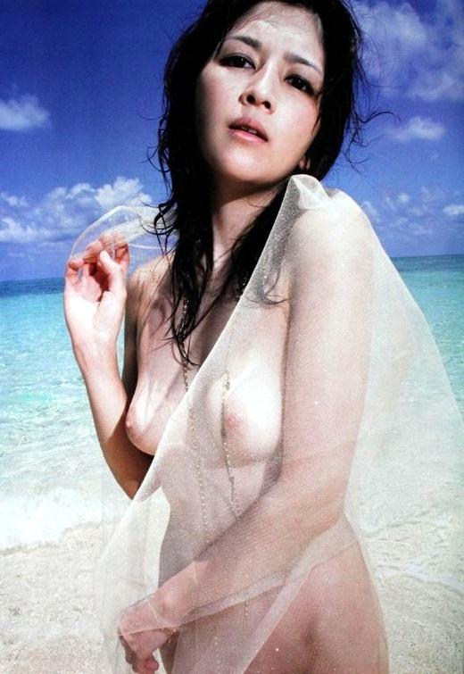 【吉井怜お宝画像】清純派アイドルだった現役女優の濡れ場とグラビア! 79