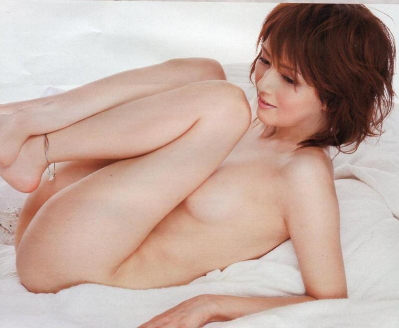 【吉井怜お宝画像】清純派アイドルだった現役女優の濡れ場とグラビア! 90