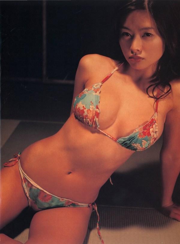 【吉野紗香お宝画像】チャイドルブームに火を付けたベテラン女優の現在は? 70
