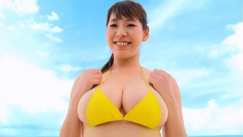 【夏来唯キャプ画像】2020年の巨乳アイドル賞を獲った爆乳巨尻お姉さん 09