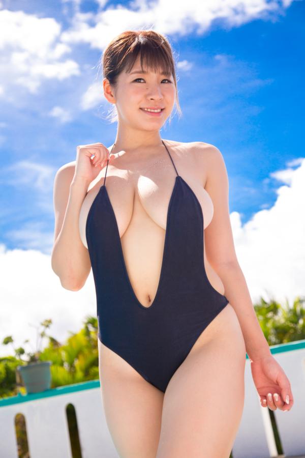 【夏来唯キャプ画像】2020年の巨乳アイドル賞を獲った爆乳巨尻お姉さん 51