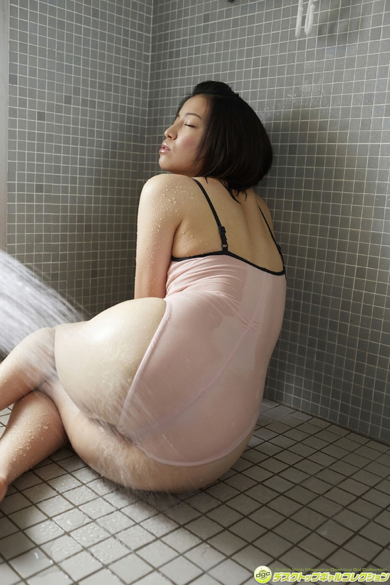 【辻柚音グラビア画像】消えたFカップ巨乳ボディグラビアアイドルの謎 17