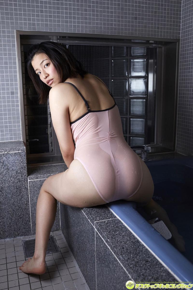 【辻柚音グラビア画像】消えたFカップ巨乳ボディグラビアアイドルの謎 19