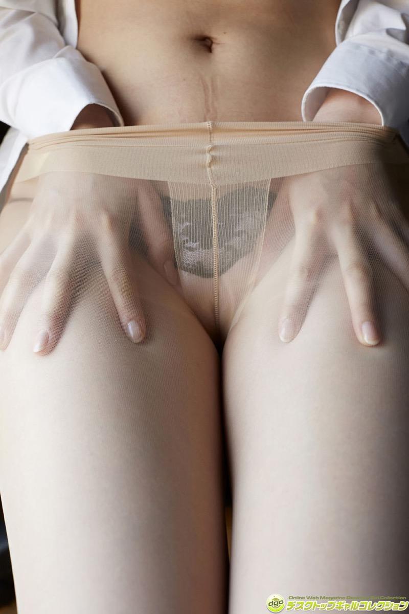 【辻柚音グラビア画像】消えたFカップ巨乳ボディグラビアアイドルの謎 38