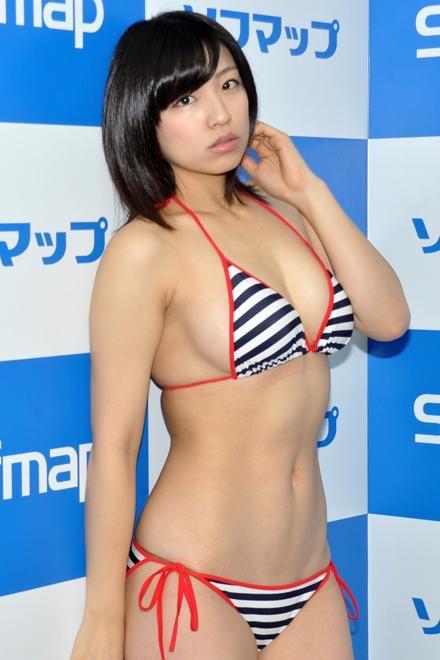 【辻柚音グラビア画像】消えたFカップ巨乳ボディグラビアアイドルの謎 53