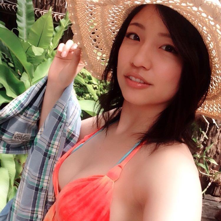 【辻柚音グラビア画像】消えたFカップ巨乳ボディグラビアアイドルの謎 75