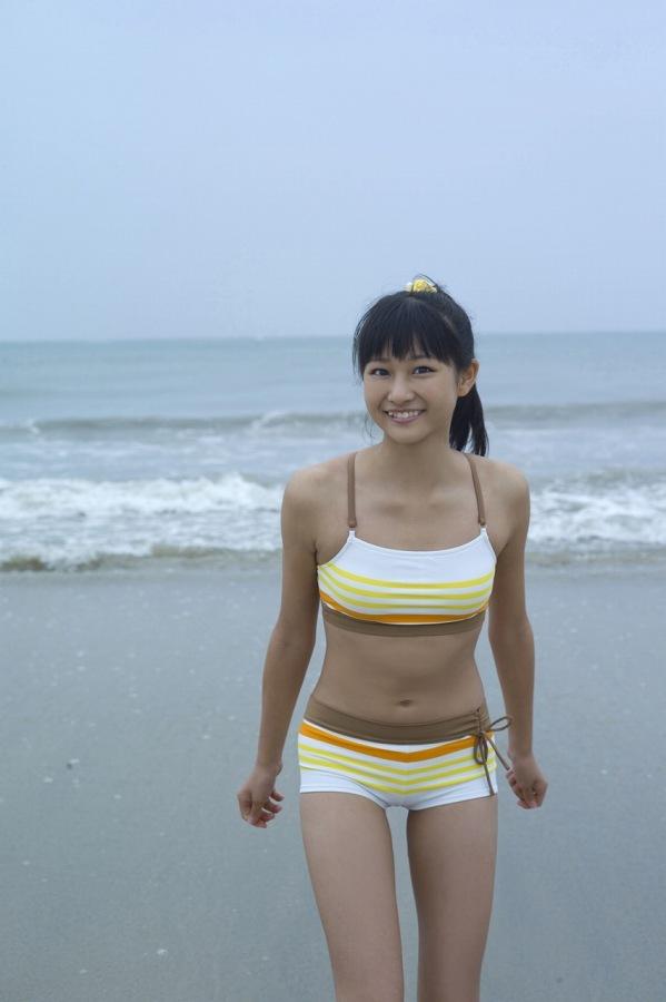 【和田彩花グラビア画像】元ハロプロアイドルの可愛くて健康的なビキニ姿 60