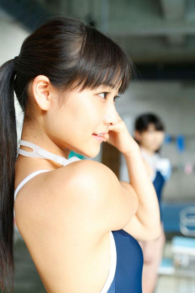 【和田彩花グラビア画像】元ハロプロアイドルの可愛くて健康的なビキニ姿 69