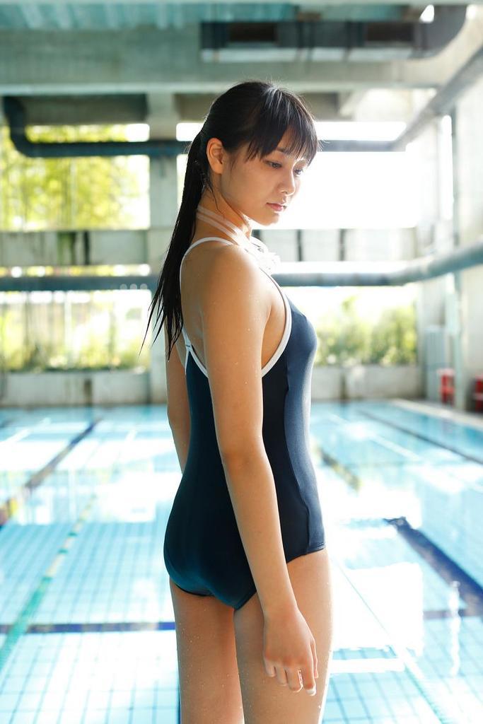 【和田彩花グラビア画像】元ハロプロアイドルの可愛くて健康的なビキニ姿 70