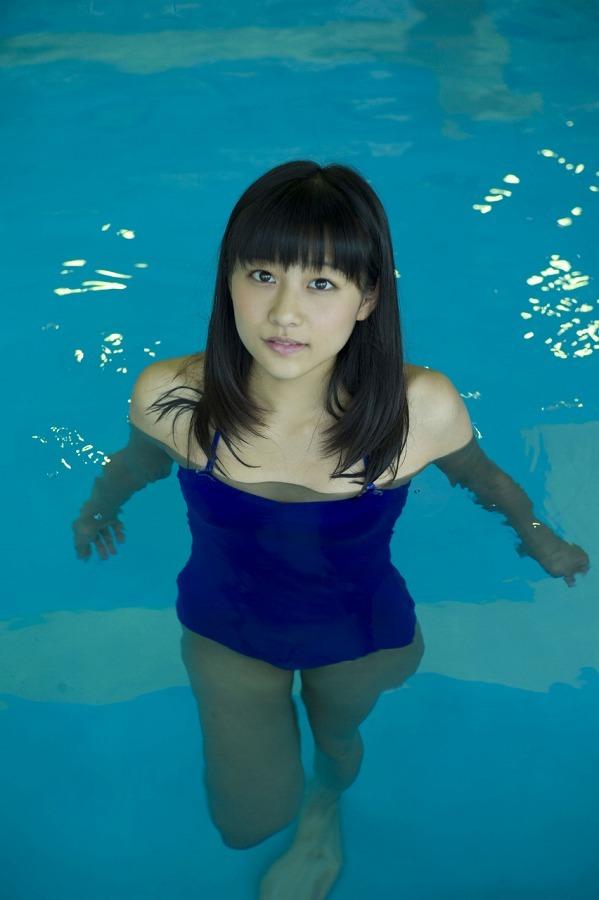 【和田彩花グラビア画像】元ハロプロアイドルの可愛くて健康的なビキニ姿 75
