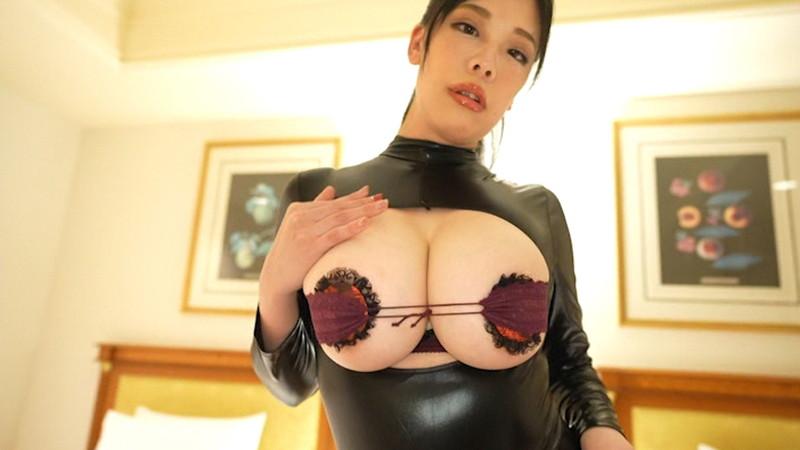 【伊藤椿キャプ画像】KカップとかいうAV女優みたいなデカさのグラドルw 37