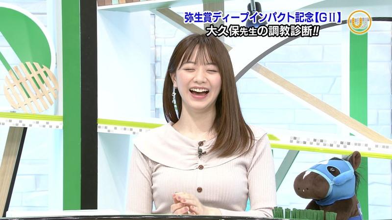 【女子アナキャプ画像】テレ東アナウンサー森香澄さんの着衣おっぱい! 13