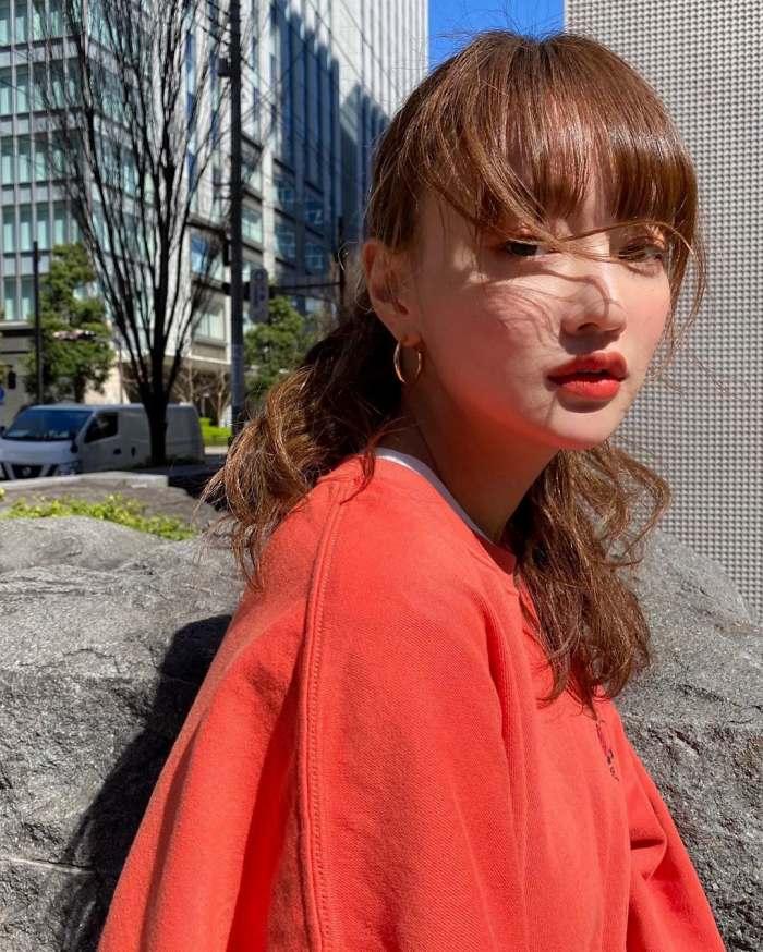 【わたなべ麻衣エロ画像】読モ時代にブレイクした美人モデルのセミヌード 53