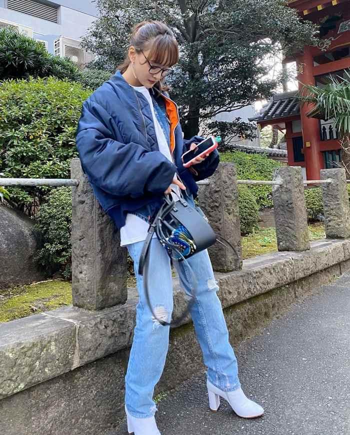 【わたなべ麻衣エロ画像】読モ時代にブレイクした美人モデルのセミヌード 63