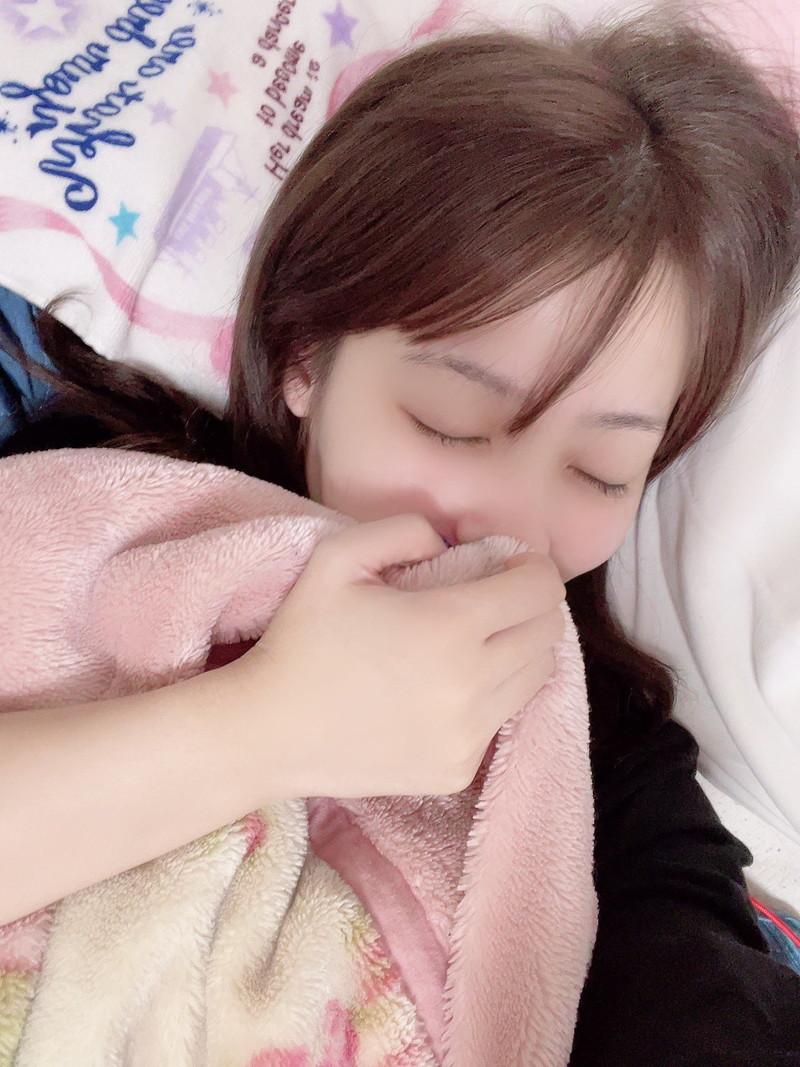 【璃乃エロ画像】Eカップ巨乳と巨尻が自慢のアイドル兼グラドルお姉さん 68