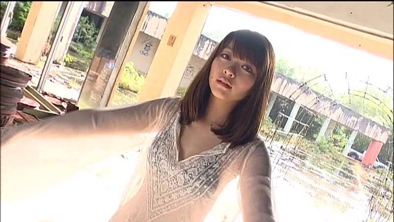 【里々佳お宝画像】グラドルからモデルへ転向って珍しいよねw 19