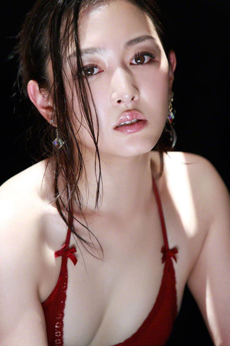 【杏さゆりエロ画像】アラフォー近くになってグラビア復帰してきた美熟女 10