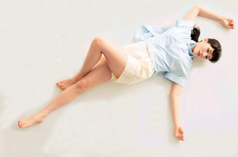 【綾瀬はるかキャプ画像】バラエティ番組で大胆に谷間を見せまくり! 76