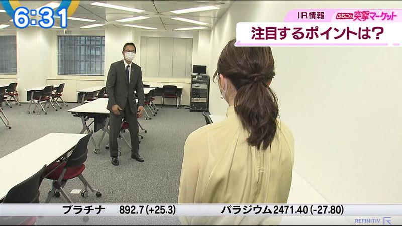 【女子アナキャプ画像】テレ東アナウンサーの着衣おっぱいと透けブラ! 05