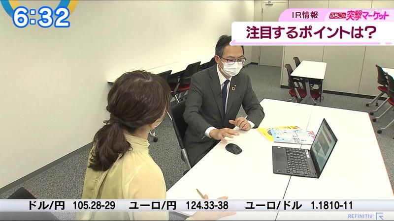 【女子アナキャプ画像】テレ東アナウンサーの着衣おっぱいと透けブラ! 08