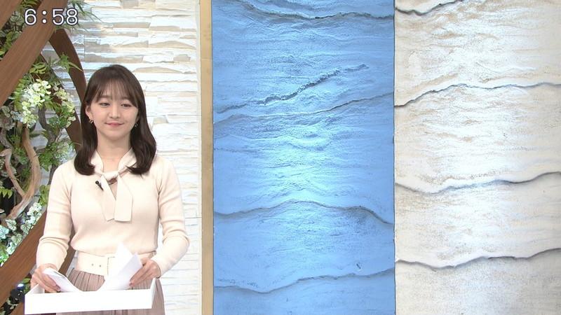 【女子アナキャプ画像】テレ東アナウンサーの着衣おっぱいと透けブラ! 41