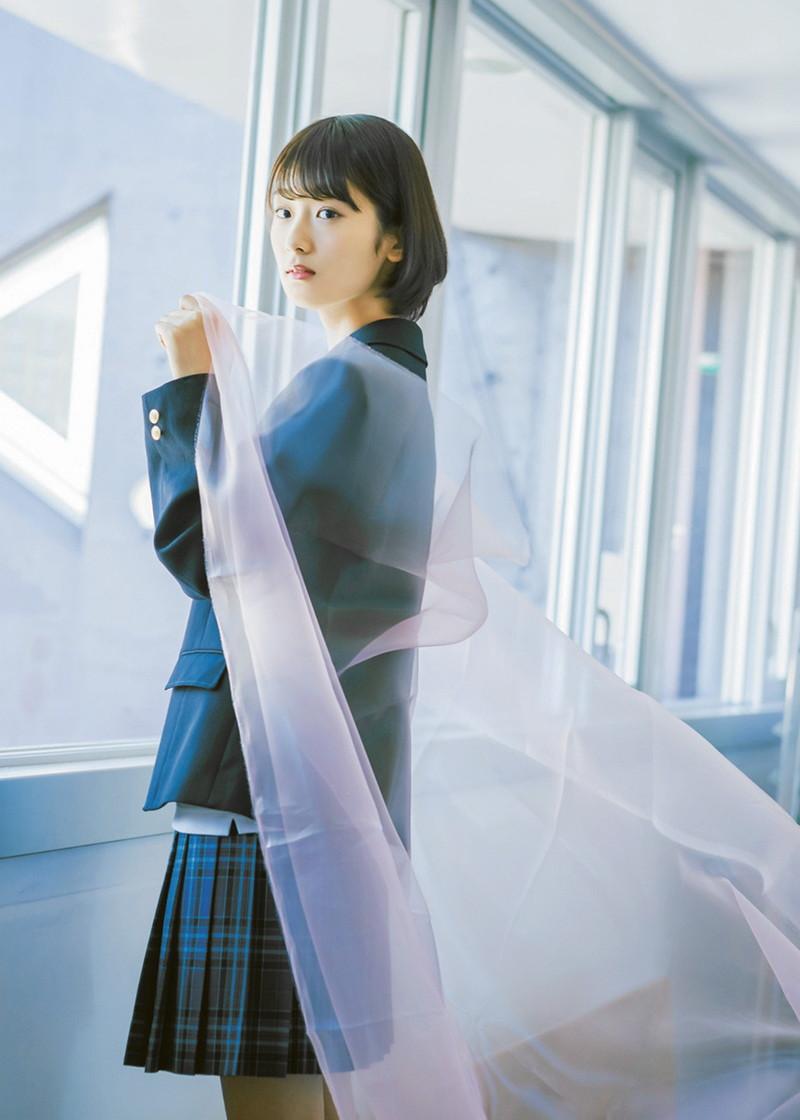 【井上梨名キャプ画像】ハタチになったばかりの笑顔が可愛い櫻坂46アイドル 25