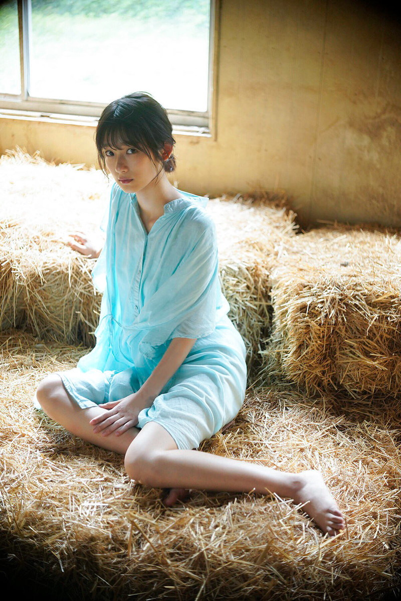 【井上梨名キャプ画像】ハタチになったばかりの笑顔が可愛い櫻坂46アイドル 36