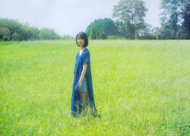 【井上梨名キャプ画像】ハタチになったばかりの笑顔が可愛い櫻坂46アイドル 67