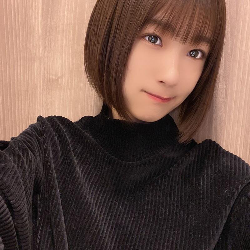 【井上梨名キャプ画像】ハタチになったばかりの笑顔が可愛い櫻坂46アイドル 74