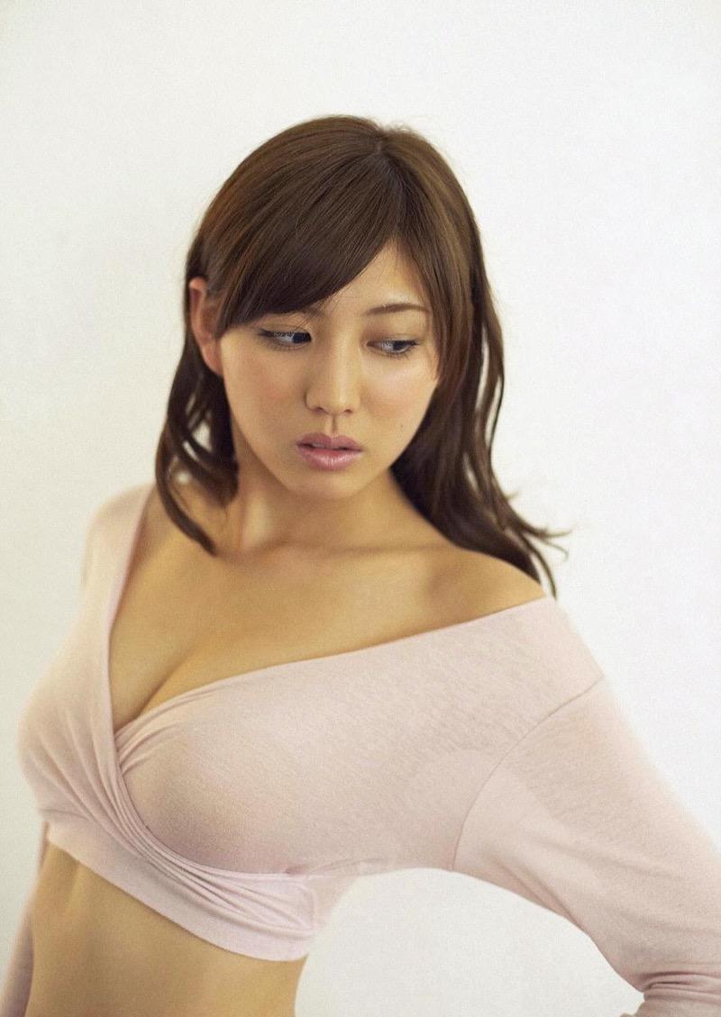 【岩崎名美グラビア画像】168cm長身ボディにカモシカ脚が特徴的なモデル美女 06