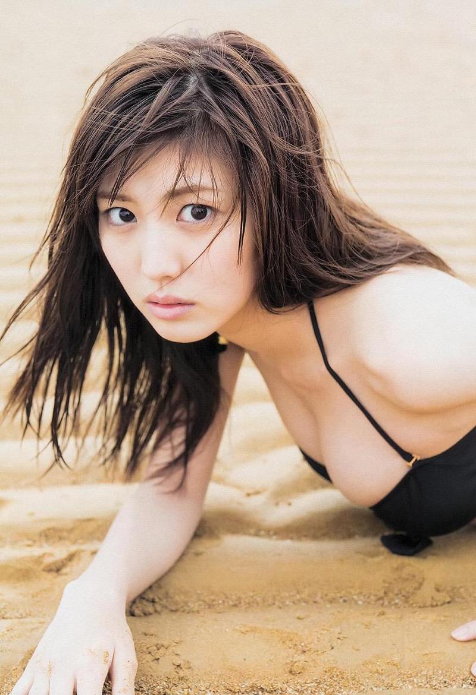 【岩崎名美グラビア画像】168cm長身ボディにカモシカ脚が特徴的なモデル美女 46