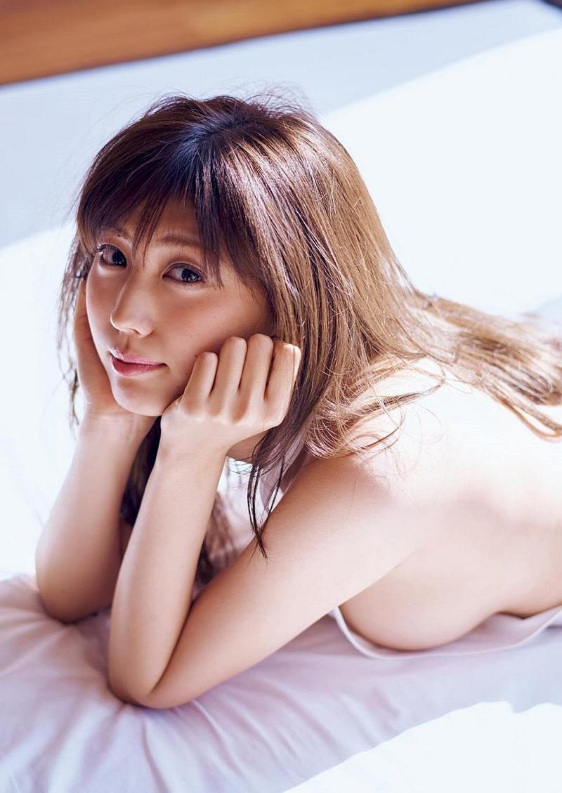 【岩崎名美グラビア画像】168cm長身ボディにカモシカ脚が特徴的なモデル美女 75