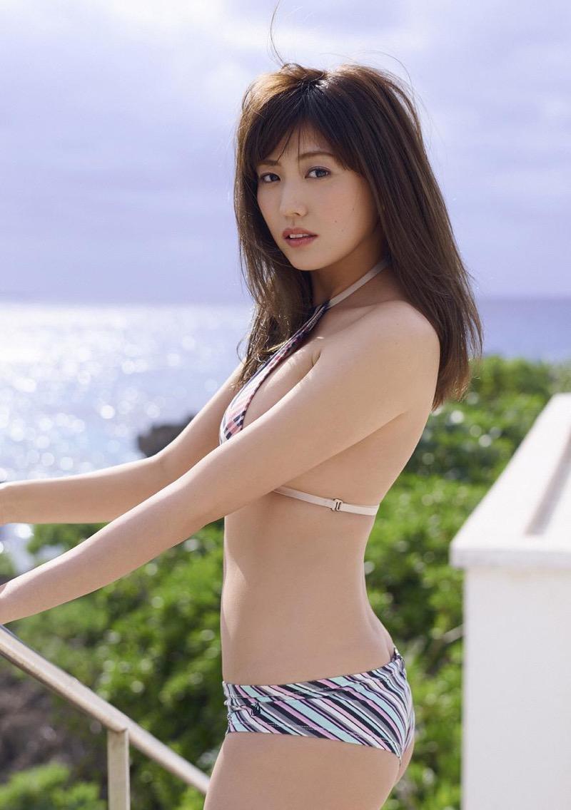 【岩崎名美グラビア画像】168cm長身ボディにカモシカ脚が特徴的なモデル美女 77