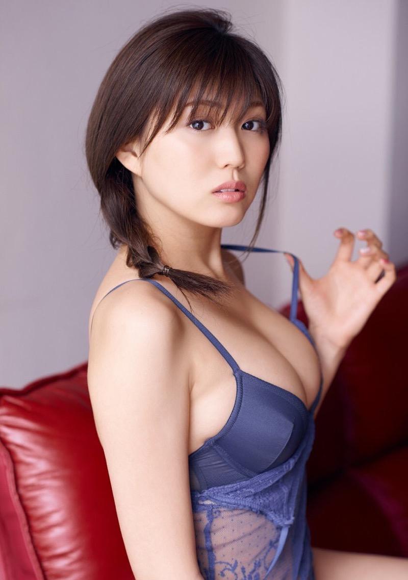 【岩崎名美グラビア画像】168cm長身ボディにカモシカ脚が特徴的なモデル美女 80