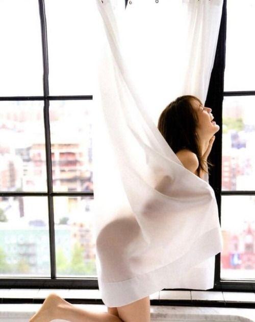 【生田絵梨花グラビア画像】アイドルは女優になる為の糧というストイック美女 09
