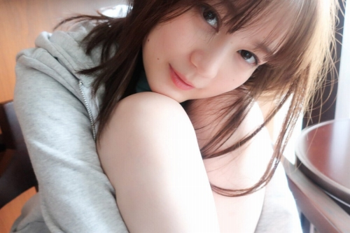 【生田絵梨花グラビア画像】アイドルは女優になる為の糧というストイック美女 33