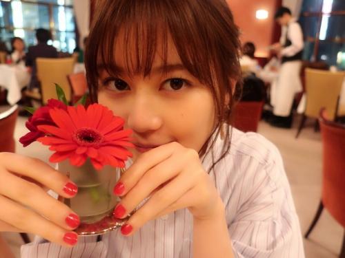 【生田絵梨花グラビア画像】アイドルは女優になる為の糧というストイック美女 35