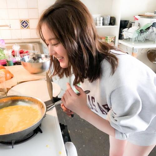 【生田絵梨花グラビア画像】アイドルは女優になる為の糧というストイック美女 37